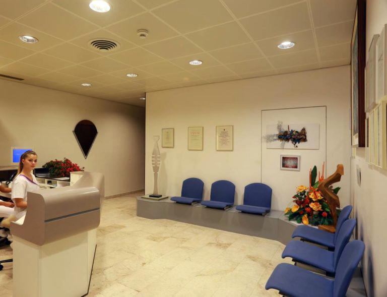 dentista-bellinzona-reception-e1561030614964-768x589